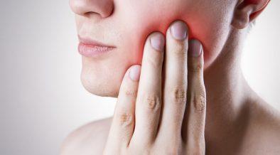 Choroby przyzebia a implanty – czy mozliwe jest leczenie implantologiczne